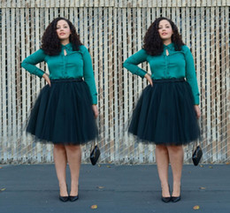 fashion tutu skirts for women NZ - Hunter Green Tulle Skirts Plus Size Knee Length Short Ruched Tutu Tulle Skirt for Women Easy Matching Party Dresses
