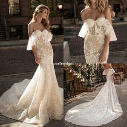 2018 Gorgeous Berta Mermaid Wedding Dresses Off The Shoulder Lace Appliques Sweep Train Bridal Gown For Church Garden Rustic Style