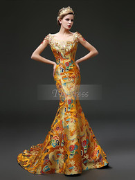 chinese sexy crystal dress 2019 - 2016 Hot Sale Fashion New Arrival Charming Free Shipping Round Mermaid Chinese Style Gragon Robe Court Train Gold Satin