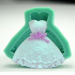 $enCountryForm.capitalKeyWord Canada - Dress silicone mould chocolate fondant princess cake mold Valentine lady dress baking tools candy soap mold