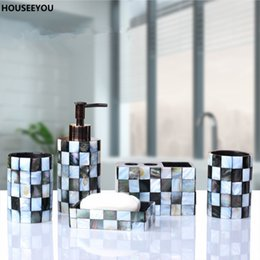 Wholesale Resin Bathroom Accessories Set Black Butterfly Shells Soap Dispenser Toothbrush Holder Tumbler Soap Dish Home Garden Set