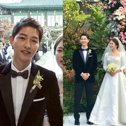 3c2b6f6fbeec Song joong ki Slim Fit 2018 Groom Tuxedos Wedding Suits Custom Made  Groomsmen Best Man Prom Suits Black Pants (Jacket+Pants+Bow Tie)