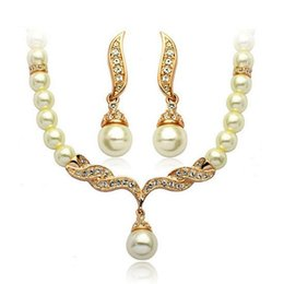 Tear Drops Pearl Canada - Gold silver Plated Tear Drop Cream Pearl and Rhinestone Crystal Bridal Necklace and earrings Jewelry Set