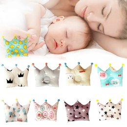 Wholesale cuteNordic Style softable Baby Forming Pillow Cotton Pillow Prevent Flat Head Baby Cute Crown Shape Pillow Newborn Boy Girl Sleeping Bedding