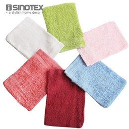 Оптово-100% хлопок 6 цветов перчатка для ванны Спа-банное полотенце Губка для душа Внутрисемейный отшелушивающий скраб Бесплатная доставка 1шт / много Luva на Распродаже