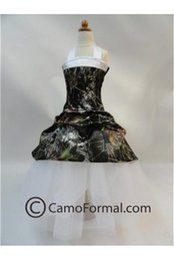 Barato Halter Pegar Vestidos De Noiva-2015 Camo Flower Girl Dresses Halter Flower Girls Clothes Forest Kids Wear Picked-up Custom Made Little Girl Dress para festa de casamento