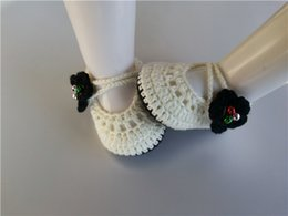 $enCountryForm.capitalKeyWord Australia - Fashionable Crochet Knitt booties with black flower Handmade Baby Socks infant bell Newborn Shoes Toddler Shoes 0-12M customize