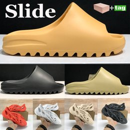Wholesale shoe coverings resale online - Cool Sandals shoes Fashion slipper desert sand resin earth brown Summer Platform Sandale Foam Runner Triple Black Bone White men slippers with box