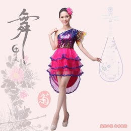 Discount tuxedo dance costumes Sequined Group Fan Dance Costume Chinese Folk Modern Drum Performance Jazz Tuxedo Stage Wear