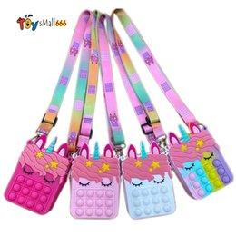 Опт FIDGET TOYS SENSORY мода сумка малыш отжимает пузырь радуги анти стресс образовательные дети и взрослые декомпрессионные игрушки FY2915