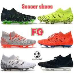 2022 Soccer Clail Buty Przyszłość 19.1 Netfit FG Czarny Biały Volt Green Bright Crimson Silver Blue Orange Men Football Sneakers Mens Designer Boots