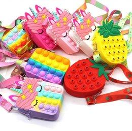 Party Frive Squid Game Pop Bag Fidget Girls Toysプッシュ泡スケイズおもちゃのシリコーンキーホルダーの財布ショルダーバッグストレスリリーフバックパッククリスマスプレゼントのためのストレスリリーフバックパック