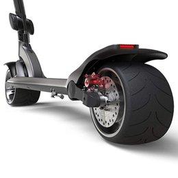 venda por atacado Skateboarding portátil esperto dobrável e-scooter adulto scooter elétrico com pneu sólido de 9 polegadas antiderrapantes