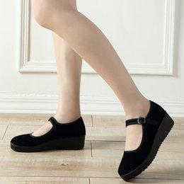Kumaş ayakkabı kadın düz kaymaz yumuşak alt siyah dans oteli çalışma etiquette boş zaman