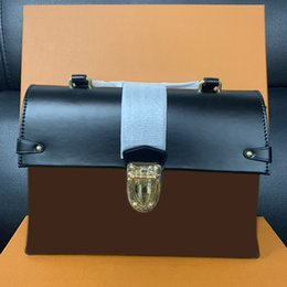 Designer Message Bag Woman Sale Discount Quality Handbag Genuine Leather Handle Brand Floral Letters Checkers Plaid 062301