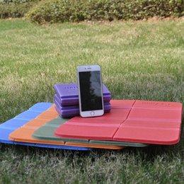 Опт Складные складные открытый кемпинг Caming Mat Seam Faam XPE подушка портативный водонепроницаемый стул для пикника коврик для пикника 8 цветов FY9511