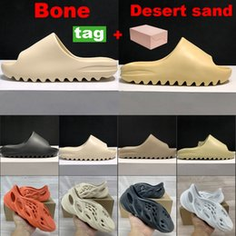 Discount moccasin shoes woman Foam runner sandals men women slide bone white resin slippers shoes desert sand triple black total orange sneakers US 5-11 With Box