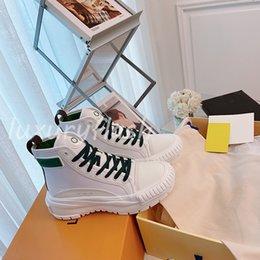 Ingrosso Designer Women Sneaker Boot Platform high-top Ultimi scarpe casual scarpe da passeggio scarpe di alta qualità tela e pelle di vitello 3 colori all'ingrosso