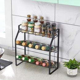 Опт Черные три уровня кухонные приправы стойки для хранения стойки стойки стойки Организатор Spice стойки полка для приправы банки соус бутылки два стиля поставляются наугад
