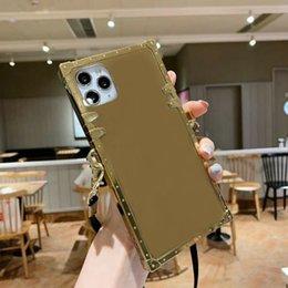 Capas telefônicos de flor de espelho de designer para iPhone 12 mini 11 pro max xs xr x 8 7 mais caso quadrado de luxo capa traseira casca com cordão em Promoção