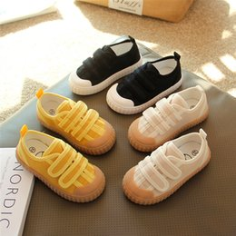 sewing baby shoes NZ - Girls' canvas 2021 spring new children's board baby soft soled cloth kindergarten small white boys' shoes