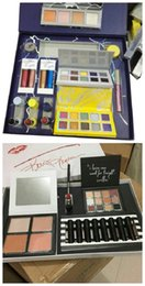 Christmas Makeup Bundel Set Holiday Gift Collection Halloween Cosmetics Kit Weer / Momager Kollection Glitter Oogschaduw Vloeistof Lipstick Markeerstift Poeder