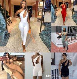Wholesale Designer Women Jumpsuits One Shoulder Sexy Romper Elegant Fashion Skinny Bodysuit Pullover Comfortable Clubwear Irregular Kink Sleeveless Slim Pants 8510