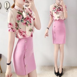 Wholesale blouse skirt style for sale - Group buy Runway Style Piece Women Summer Twinsets Rose Print Bows Blouses Shirts Tops And Slim Buttons Ladies Skirt Suits NS981