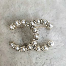 2022 Designer Brosch Berömd brev Diamant Broscher YLS Pin Tassel Kvinnor Smycken Kläder Dekoration Hög kvalitet