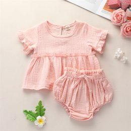 short en polyester coton filles achat en gros de-news_sitemap_home2pcs Neuf Neuf Baby Girls Vêtements Ensembles Mignon Coton Soft Solid Volants à manches courtes T shirts Tops Shorts Tenue costume F1210 Y2