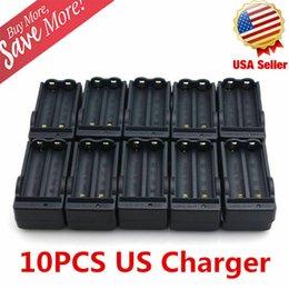 Опт Много оптовые продажи 18650 батареи Battery Lion двойное зарядное устройство 4,2 В для фонарика фар фонарика 3000 мАч