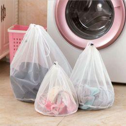 Nylon Waschen Wäscherei Tasche Faltbare Tragbare Waschmaschine Professionelle Unterwäsche Tasche Wäscherei Taschen Mesh Wash Bags Beutel Korb W-00943 im Angebot