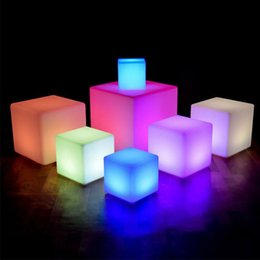 Wholesale 16 Color LED Lawn Lamp Cube Chair Bar Light for Outdoor Lighting Indoor Party Wedding Ktv Luminous Rechargeable Stool Night Lights with Remote Control