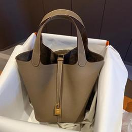 Evening Bags 2021 Color Matching Vegetable Basket Bag Leather Bucket Litchi Pattern First Layer Cowhide Handbag