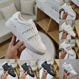 venda por atacado Tendência clássica de alta qualidade moda homens mulheres menina quente 2020 novo couro genuíno plataforma clássica sneakers executando caixa sapatos casuais