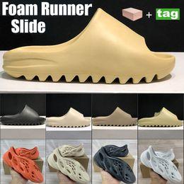 Foam Runner Summer Desert sand plat-forme Fashion shoes sandals Triple Black Bone White Green Platform Sandal resin Dark Blue Brown Men Women Slippers on Sale