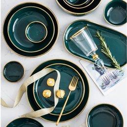 Venta al por mayor de Conjuntos de placa de estilo nórdico verde Oro incrustaciones de porcelana Soupiere plato Vaisselle Cubiertos Cubiertos Conjunto EH50PS Platos Placas