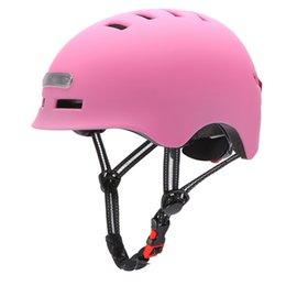 Toptan satış Aydınlatılmış Uyarı Işığı Kask Motosikletler Bisiklet Elektrikli Scooter Denge Araba Tek Lens Vakitleri Moto Casco Güvenlik Kaskları