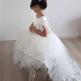 puffy baby girl dresses UK - Cute White Baby Girl Dresses Feather Lace Puffy Tulle High-Low Little Princess Infant Girl Birthday Dresses Party Gown 0924