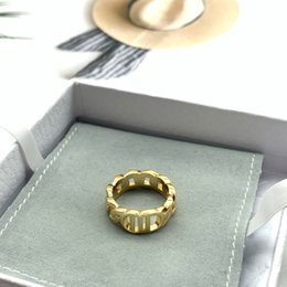 Wholesale Fashion gold letter band rings bague for lady women Party wedding lovers gift engagement jewelry With BOX