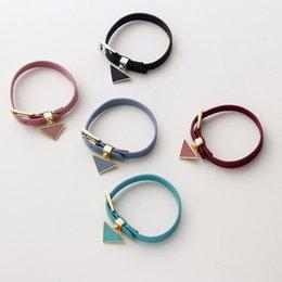 Bracelet de concepteur Cuir Unisexe Bracelets de mode pour homme Femmes Taille réglable Top Qualité Bijoux en Solde