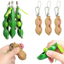 Fidget Toys Decompression Edamame Peanuts Squishy Squeeze Toys Peas Beans Keychian Fidgets Key Chain Anti Stress Gift for Adult Kids