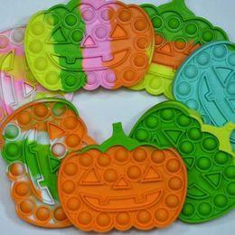 Halloween Pumpkin Forma Pioneer Fidget Juguetes Llavero Push Pop Pop Rainbow Desktop Puzzle Sensory Anties Stress Bubbles Tablero Decompresión Juguete Pandent G643ByD en venta