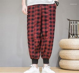 Wholesale plaid pants resale online - Loose Straight Mixed Color Mid Capris Pants Mens Pocket Plaid Pants Fashion Drawstring Pencil Pants Mens