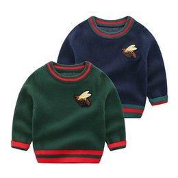 Дети теплый свитер дизайн детские девочки мальчики вышитые пчела вязание пуловер джемпер рождественские шерстяные смеси свитера детей 0-24м бутик одежды одежды на Распродаже