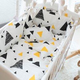 Venta al por mayor de Niños Ropa de cama Producto Producto Cuatro o cinco papel Conjunto de algodón puro Collido de defensa puede descargar y lavar la almohadilla de parachoques de algodón completo 893 V2