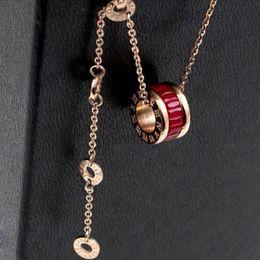 2021 Frauen Luxus Designer Schmuck Römische Ziffer Keramik Anhänger Halsketten Rosegold Farbe Edelstahl Herren Halskette Gold Kettenkasten im Angebot