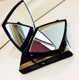 Venta al por mayor de Diseñador de lujo make doble espejo lupa cosmético plegable plegable compacto compacto espejo tiene caja + bolsa con logo