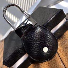 Luxury Designer Key Rings For Men High Quality Black Leather Refined steel Key-RingsTop gift