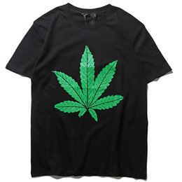 vlone tees Canada - Fashion brand vlone Kanye rap limited green hemp leaf big V short sleeve men's and women's same BF style loose T-Shirt Tee